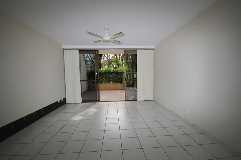 'Woodrowe Place' 28 Woodroffe Avenue, Main Beach QLD 4217, Image 2