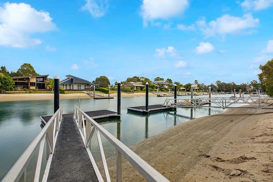 8 Kookaburra Court, South Stradbroke QLD 4216, Image 1