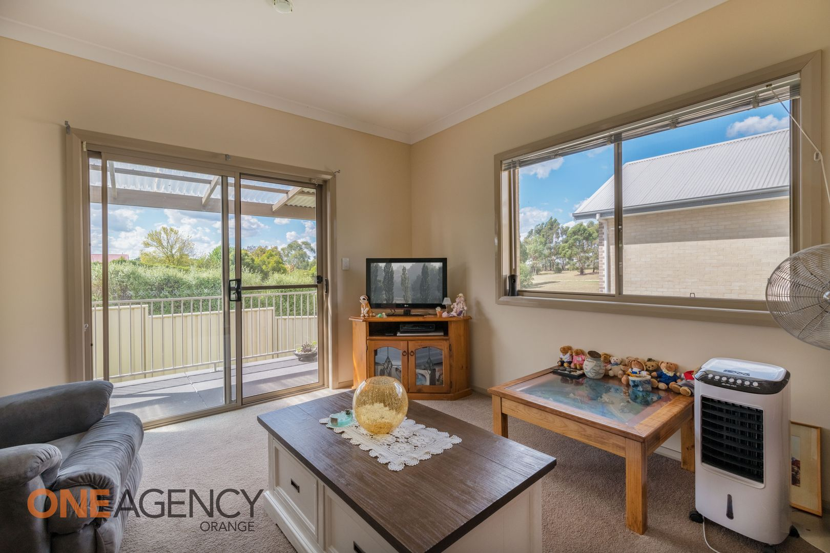 2/18 McLachlan Street, Orange NSW 2800, Image 1