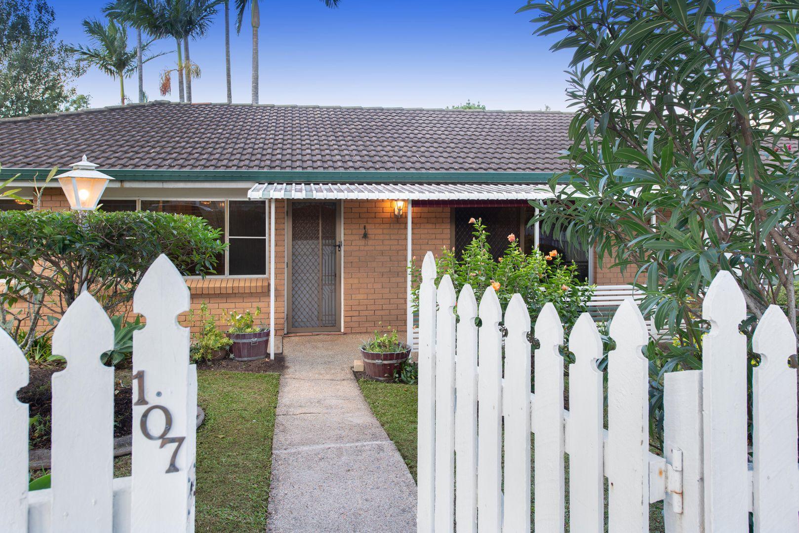 107 Greenmeadow Road, Mansfield QLD 4122, Image 0