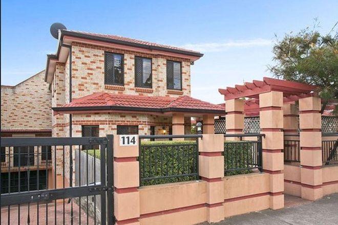 Picture of 2/114 Rawson Road, GREENACRE NSW 2190