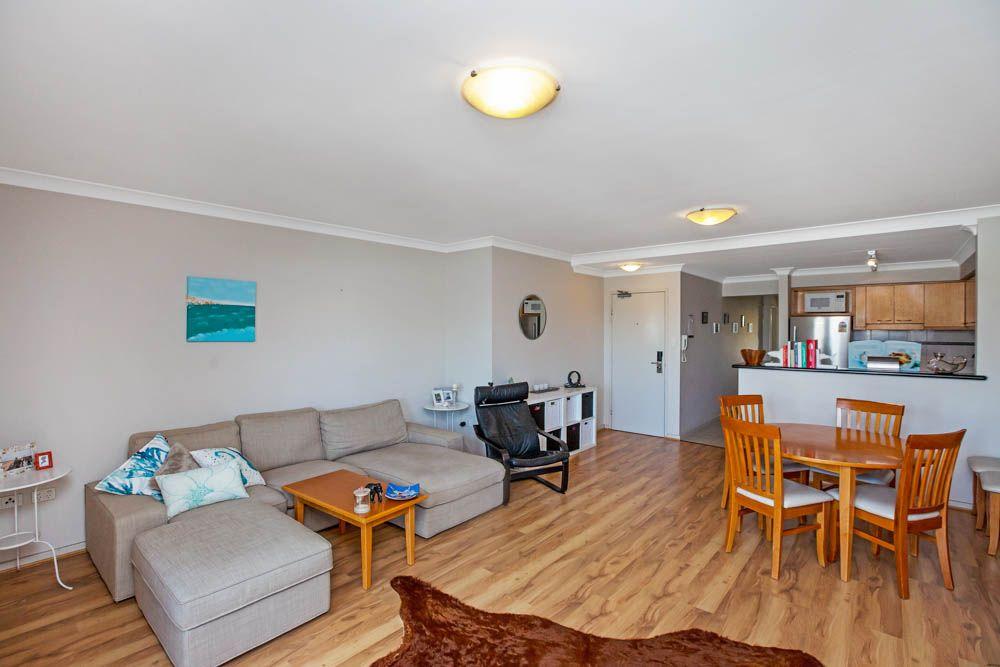 53/122 Mounts Bay Road, Perth WA 6000, Image 1