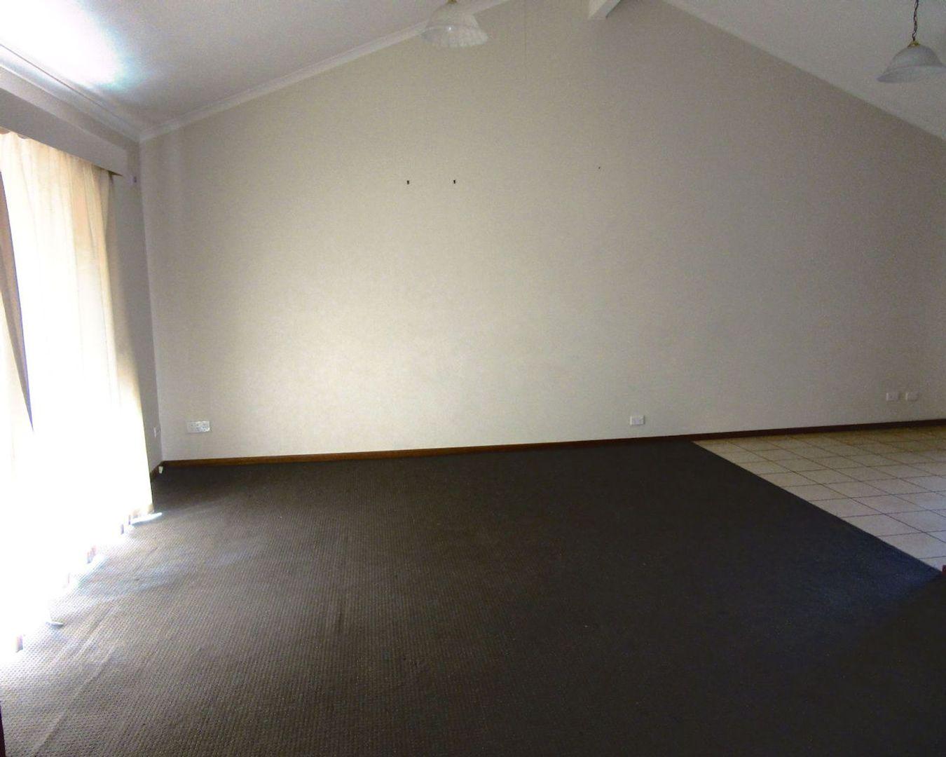 2/43 Teal Drive, Mildura VIC 3500, Image 1