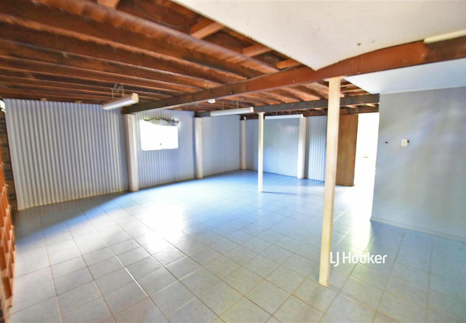 12 Janmarie Court, Kallangur QLD 4503, Image 1