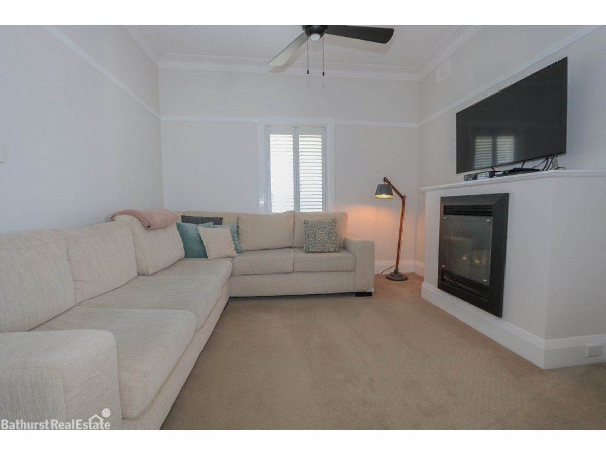 205 Brilliant Street, Bathurst NSW 2795, Image 2