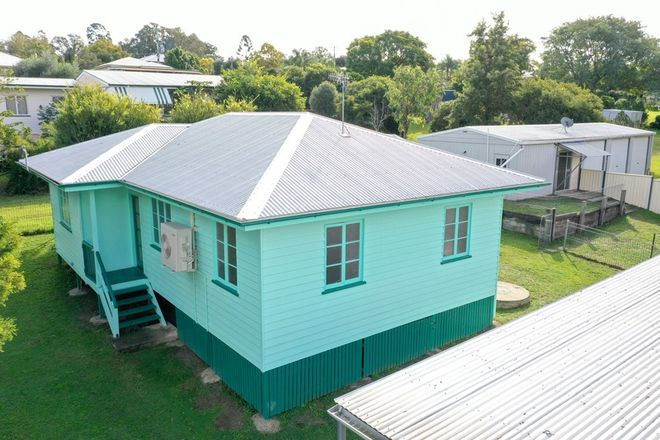 Picture of 15 Brook Street, BOONAH QLD 4310