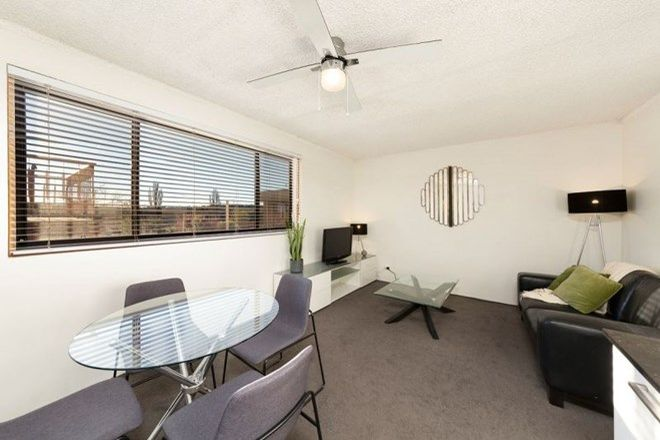 Picture of 15/30 River Street, OAKS ESTATE ACT 2620