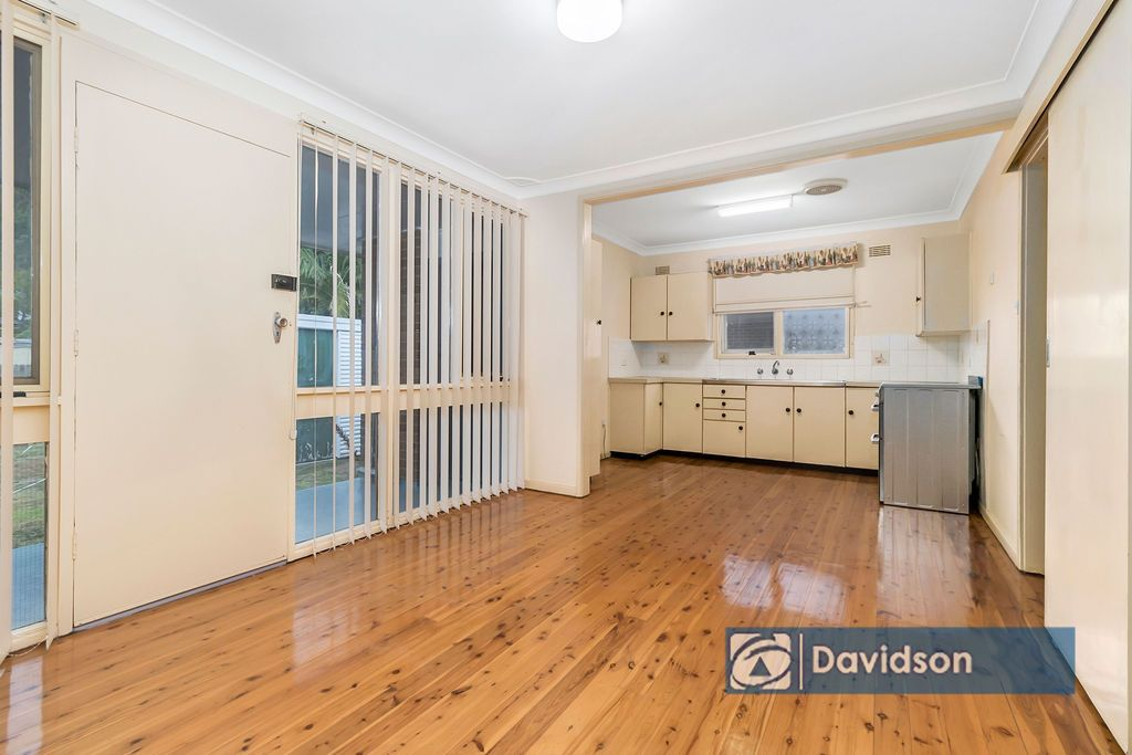 16 Madang Street, Holsworthy NSW 2173, Image 2