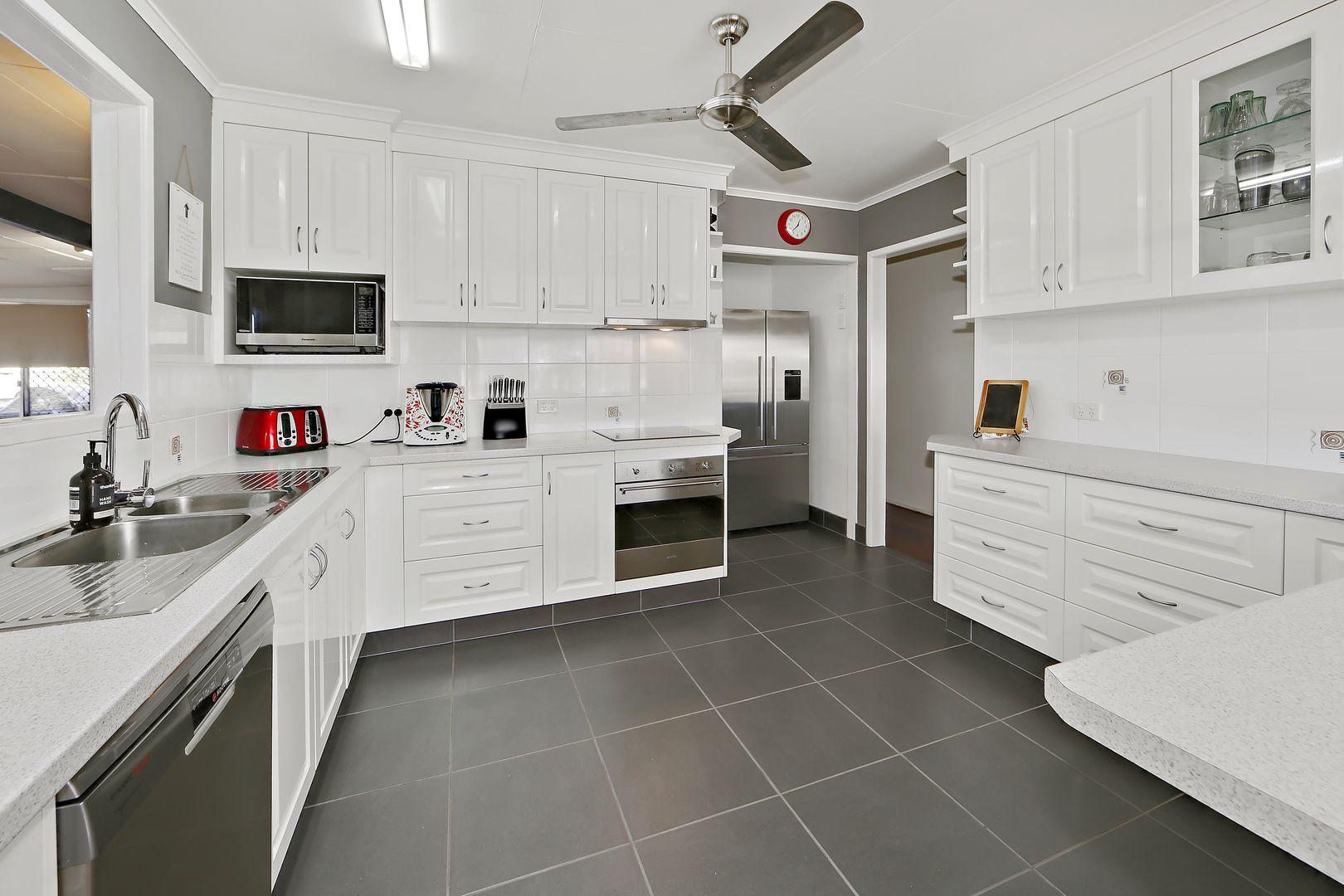 12 Wilson Street, Kepnock QLD 4670, Image 0