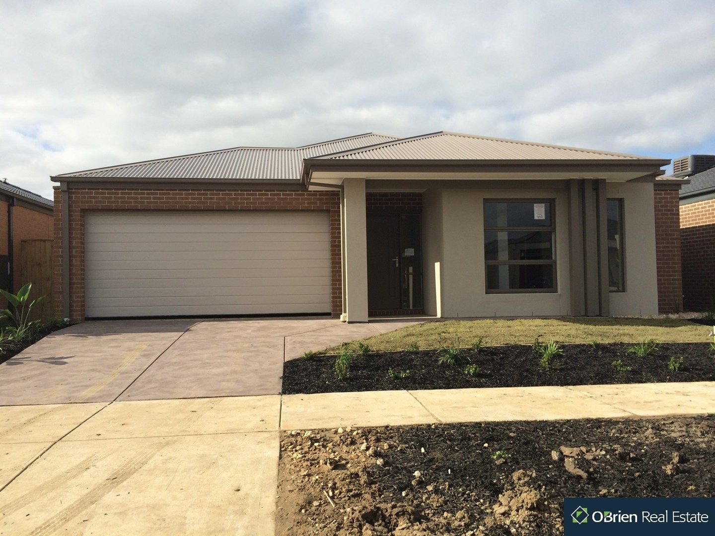 19 Brightstone Drive, Clyde North VIC 3978, Image 0