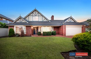 Picture of 10 Lake Eyre Place, Caroline Springs VIC 3023