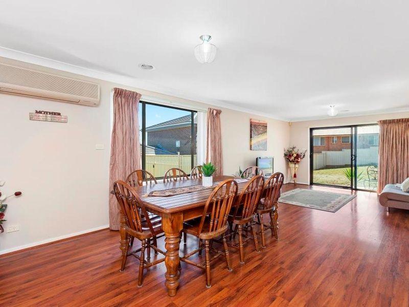 26 Melliodora Drive, Goulburn NSW 2580, Image 2