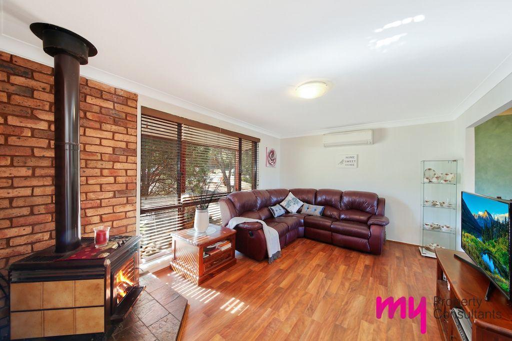 9 Silica Crescent, Eagle Vale NSW 2558, Image 1