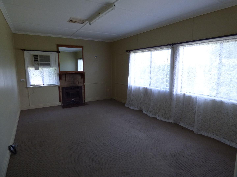 60 Moore Street, Dirranbandi QLD 4486, Image 2