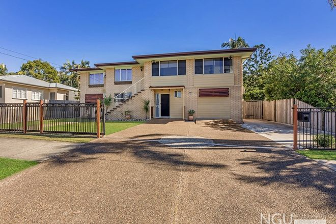 Picture of 19A Bourke Street, BRASSALL QLD 4305