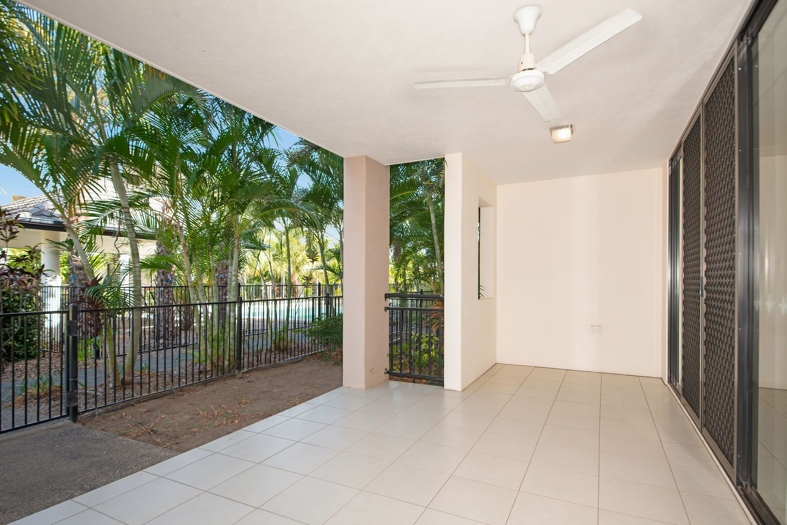 43/14-24 Henry Street West End, West End QLD 4810, Image 0