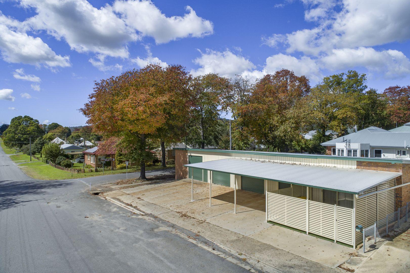 117 Molesworth Street, Tenterfield NSW 2372, Image 0