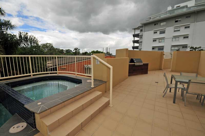 10/22 Riverview Terrace, Indooroopilly QLD 4068, Image 2