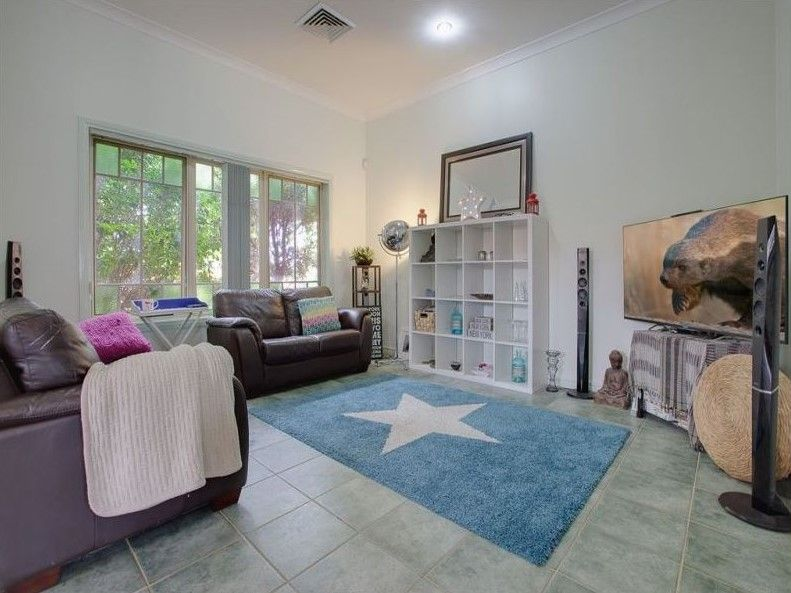 2 Magney Place, Bella Vista NSW 2153, Image 2