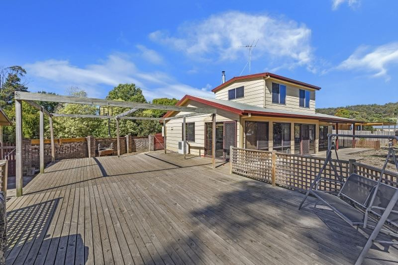 31 Crowther Street, Beaconsfield TAS 7270, Image 0