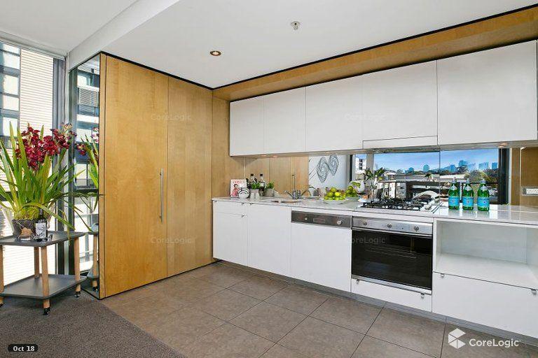 7 Sterling Cct, Camperdown NSW 2050, Image 1