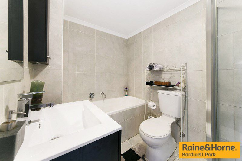 24/7-9 Cross Street, Bankstown NSW 2200, Image 2