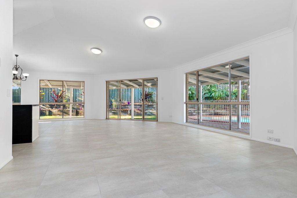 23 Moody Court, Parkwood QLD 4214, Image 2
