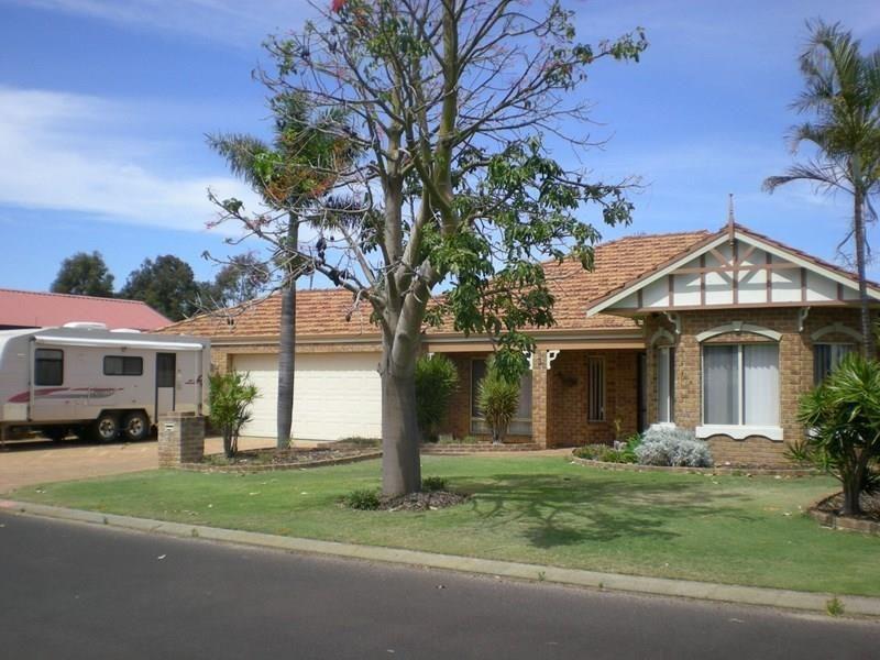 3 Barton Drive, Australind WA 6233, Image 0