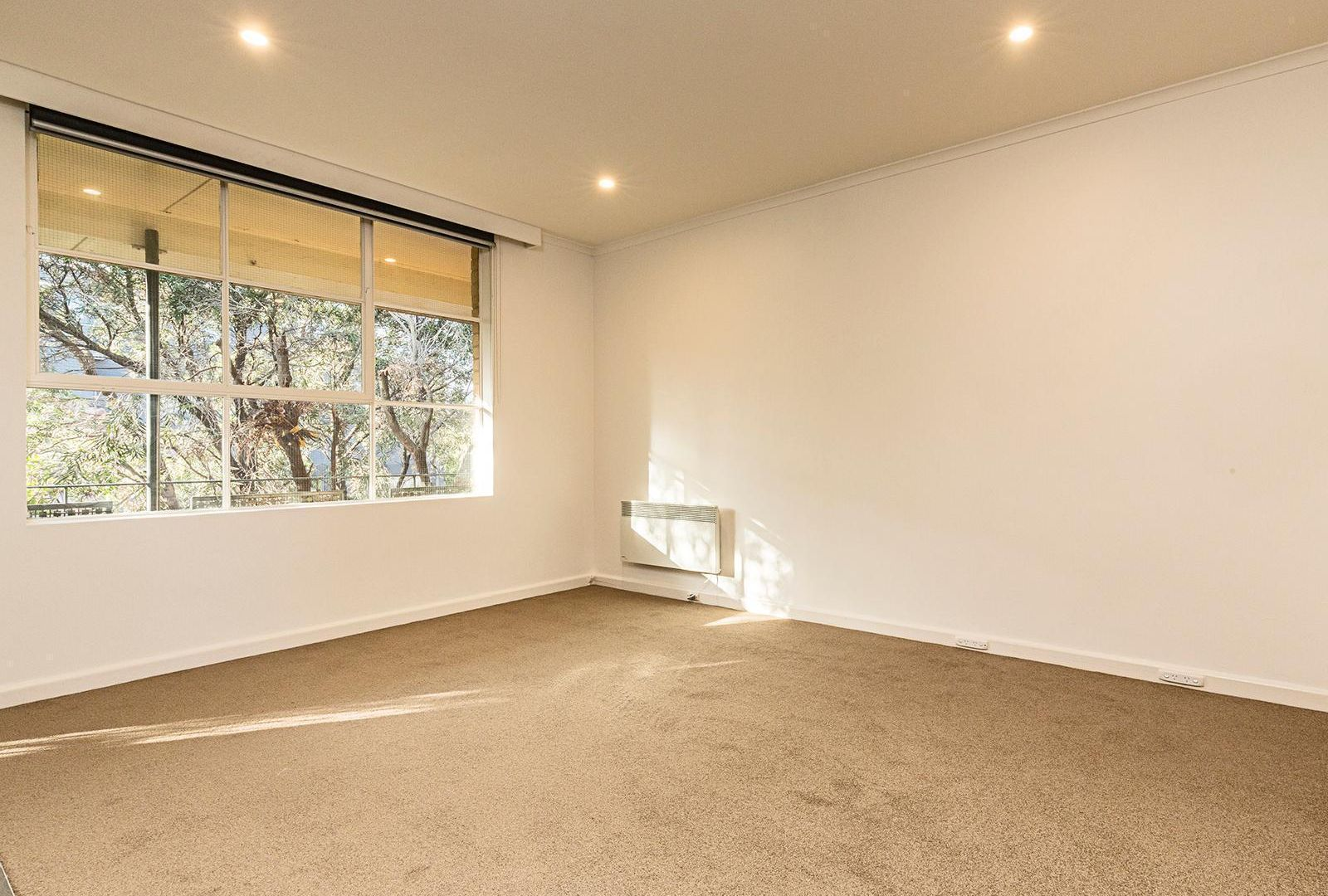 13/24 The Avenue, Windsor VIC 3181, Image 2