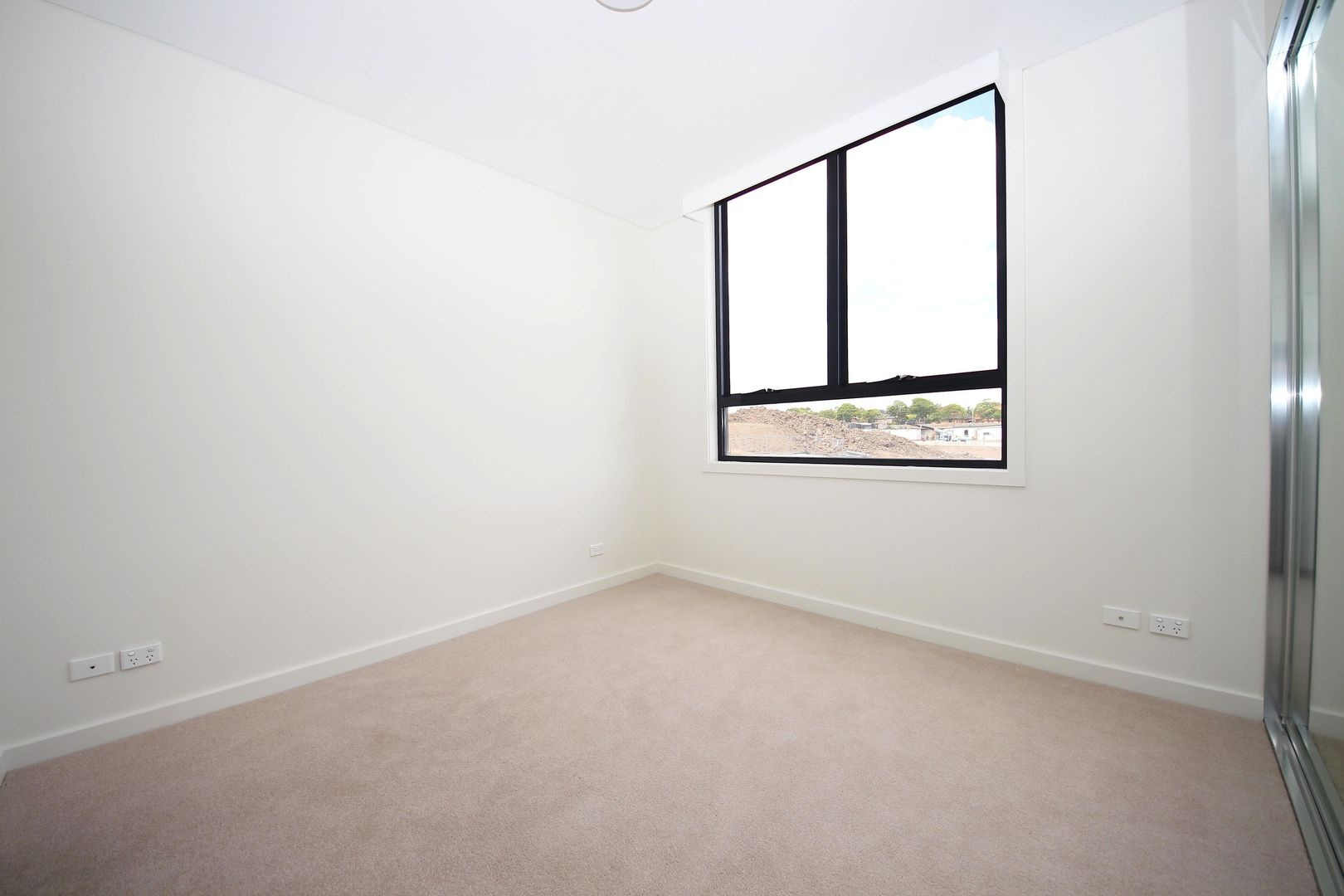 6/12 Victa Street, Clemton Park NSW 2206, Image 2
