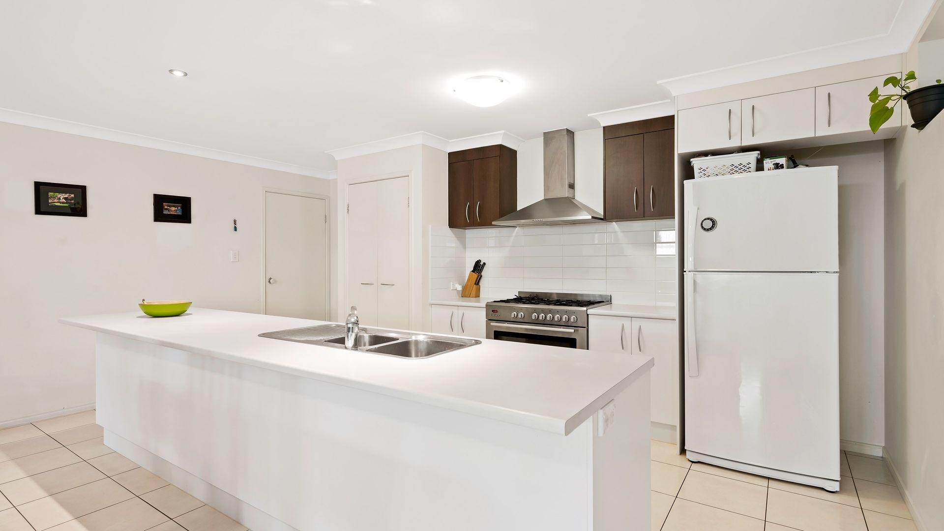 50 Feathertop Circuit, Caloundra West QLD 4551, Image 2