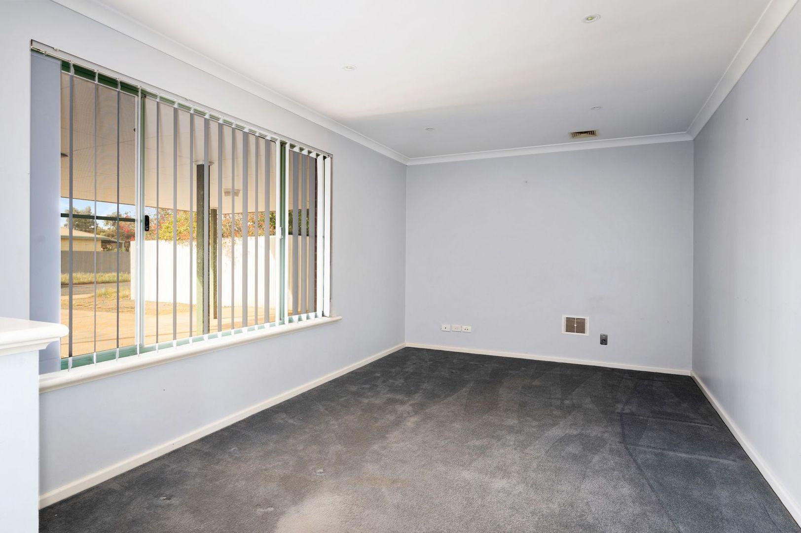 4 Truscott Court, South Kalgoorlie WA 6430, Image 1