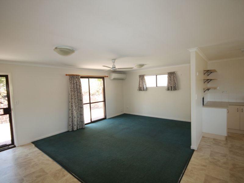19 Park Street, West Gladstone QLD 4680, Image 2
