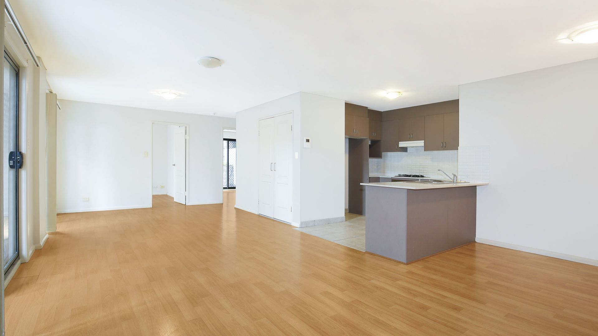 3/1 Governors Lane, Wollongong NSW 2500, Image 2