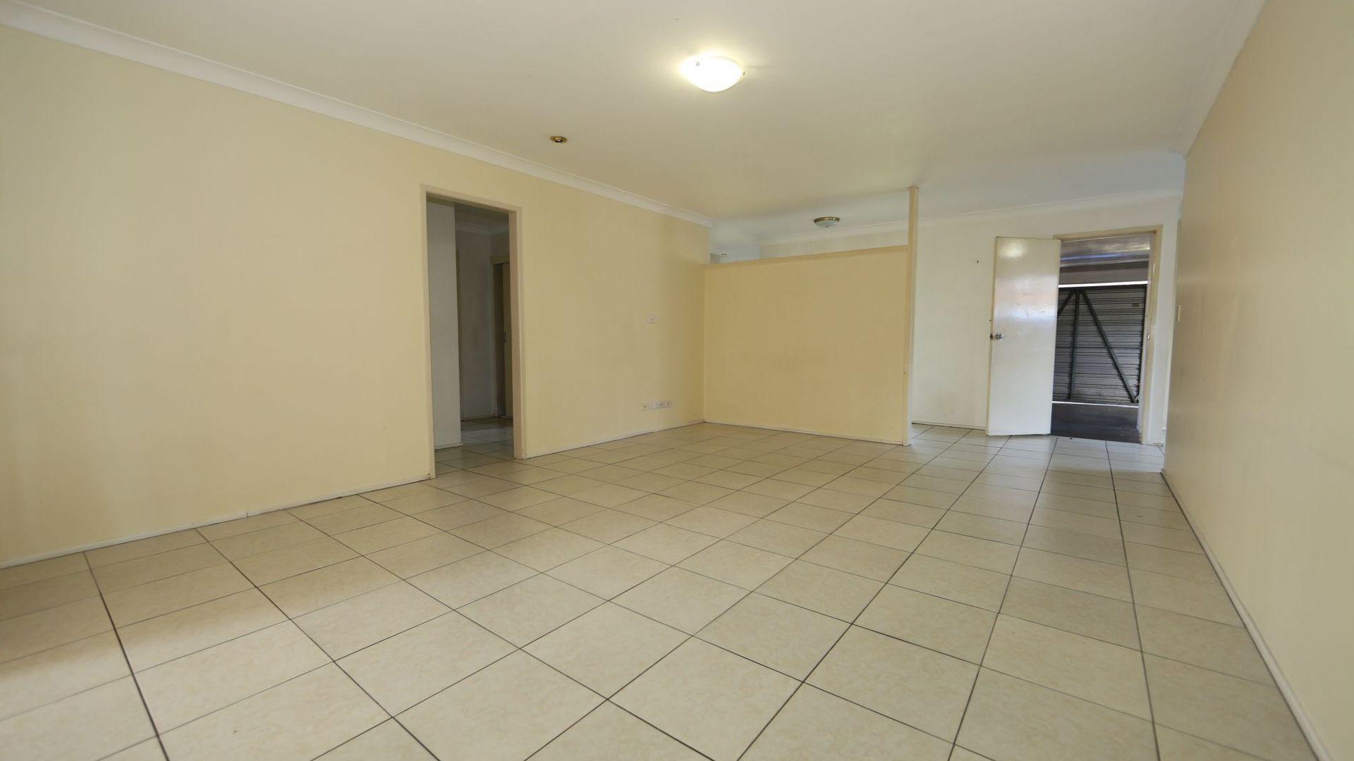 14 Moorgate St, Macgregor QLD 4109, Image 2