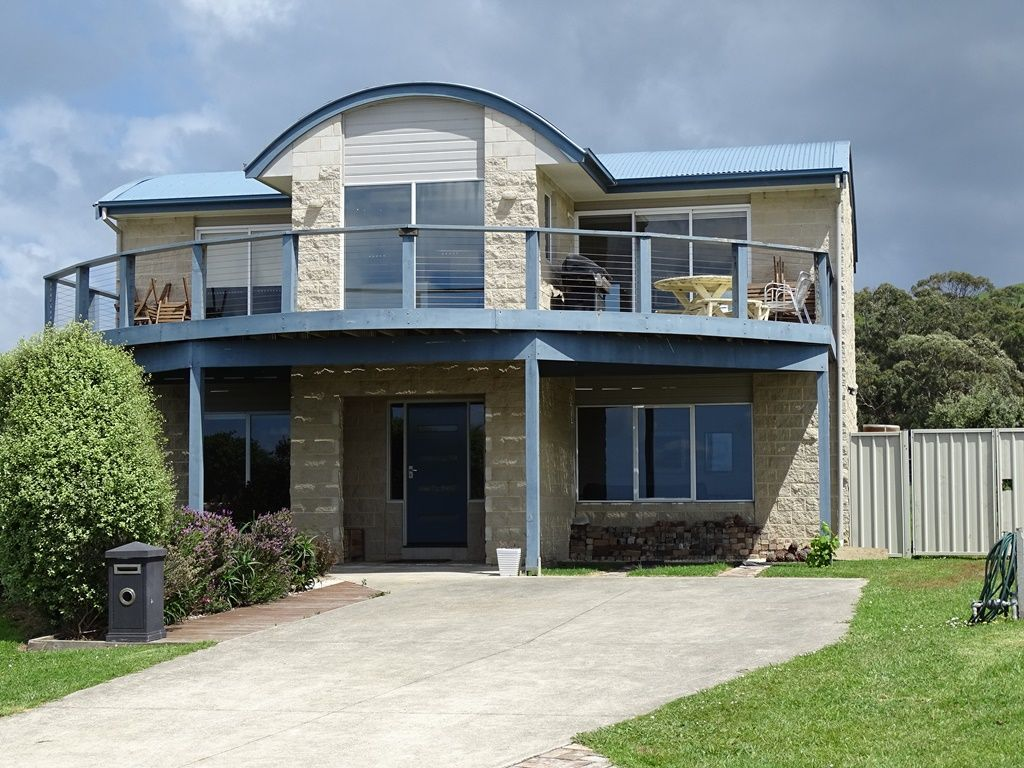 11 Nova Court, Apollo Bay VIC 3233, Image 0