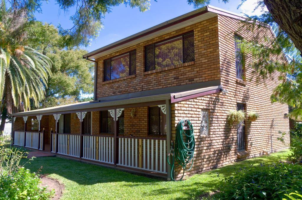 13 Alma Street, Wee Waa NSW 2388, Image 2