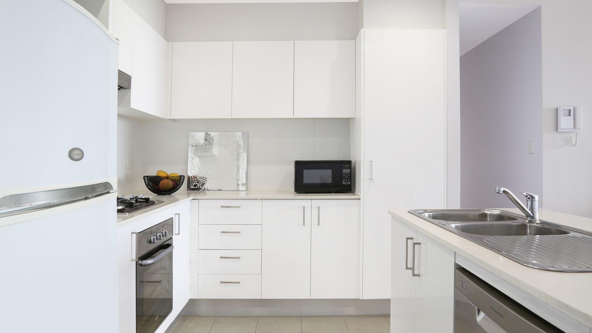 55/22-32 Gladstone Avenue, Wollongong NSW 2500, Image 2