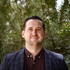 Luke Pocklington, Sales representative