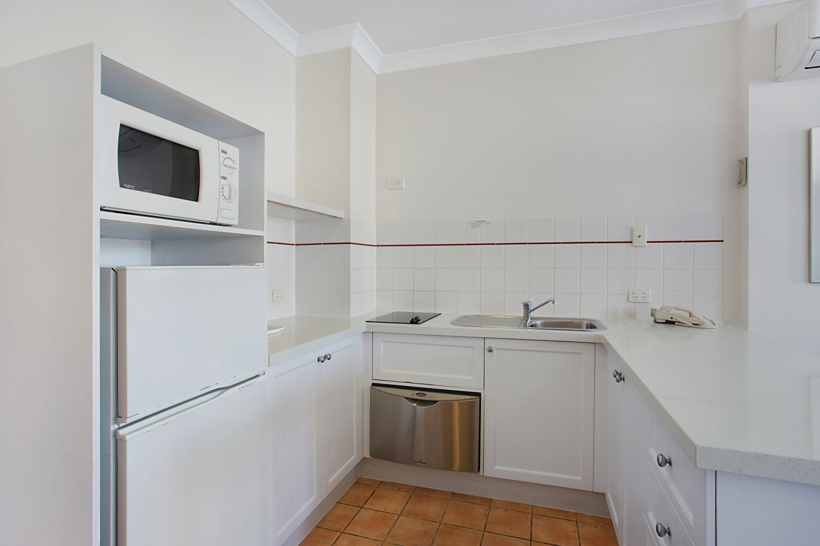 418/99 Griffith Street, Coolangatta QLD 4225, Image 2