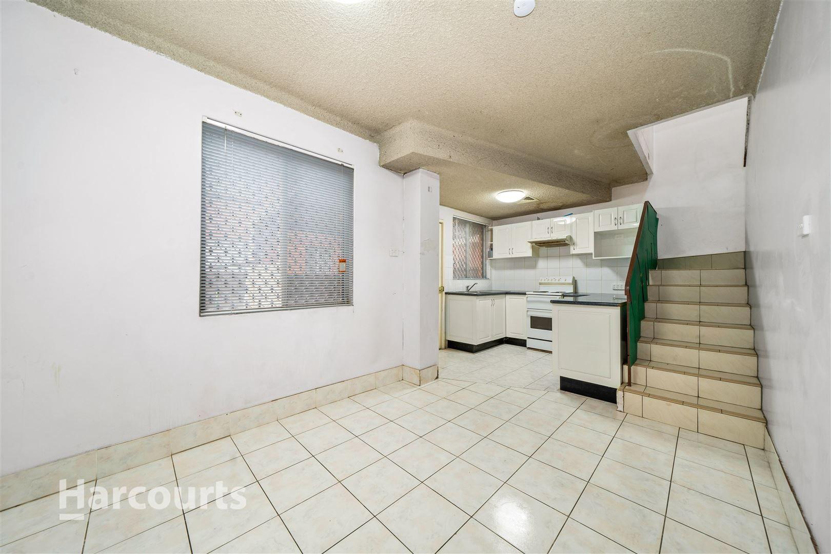 10/108 Longfield Street, Cabramatta NSW 2166, Image 2