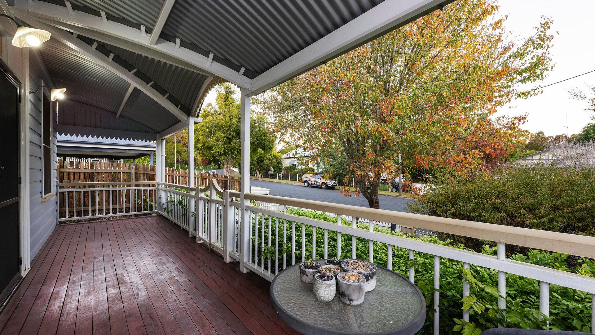 1 Warren Street, East Toowoomba QLD 4350, Image 2