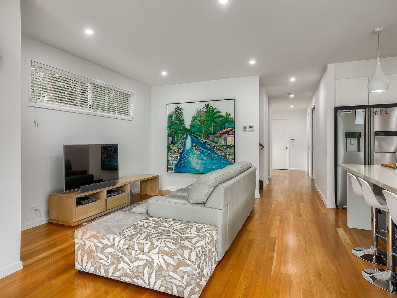 66 Leslie Street, Bardon QLD 4065, Image 2