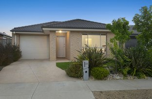 23 Chucklecreek Lane, Armstrong Creek VIC 3217