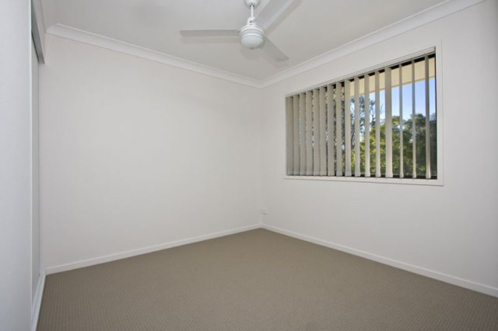 22/2 Sienna Street, Forest Lake QLD 4078, Image 2