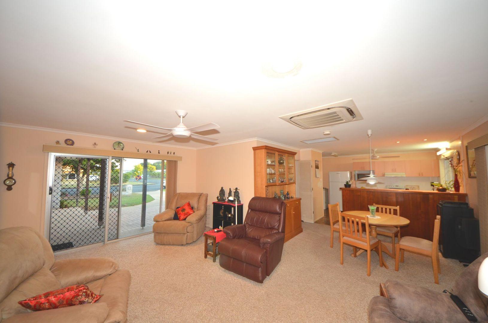 4 Stoneham Street, West Mackay QLD 4740, Image 2