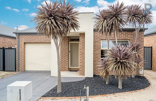 Picture of 5 Somersby Road, Craigieburn VIC 3064