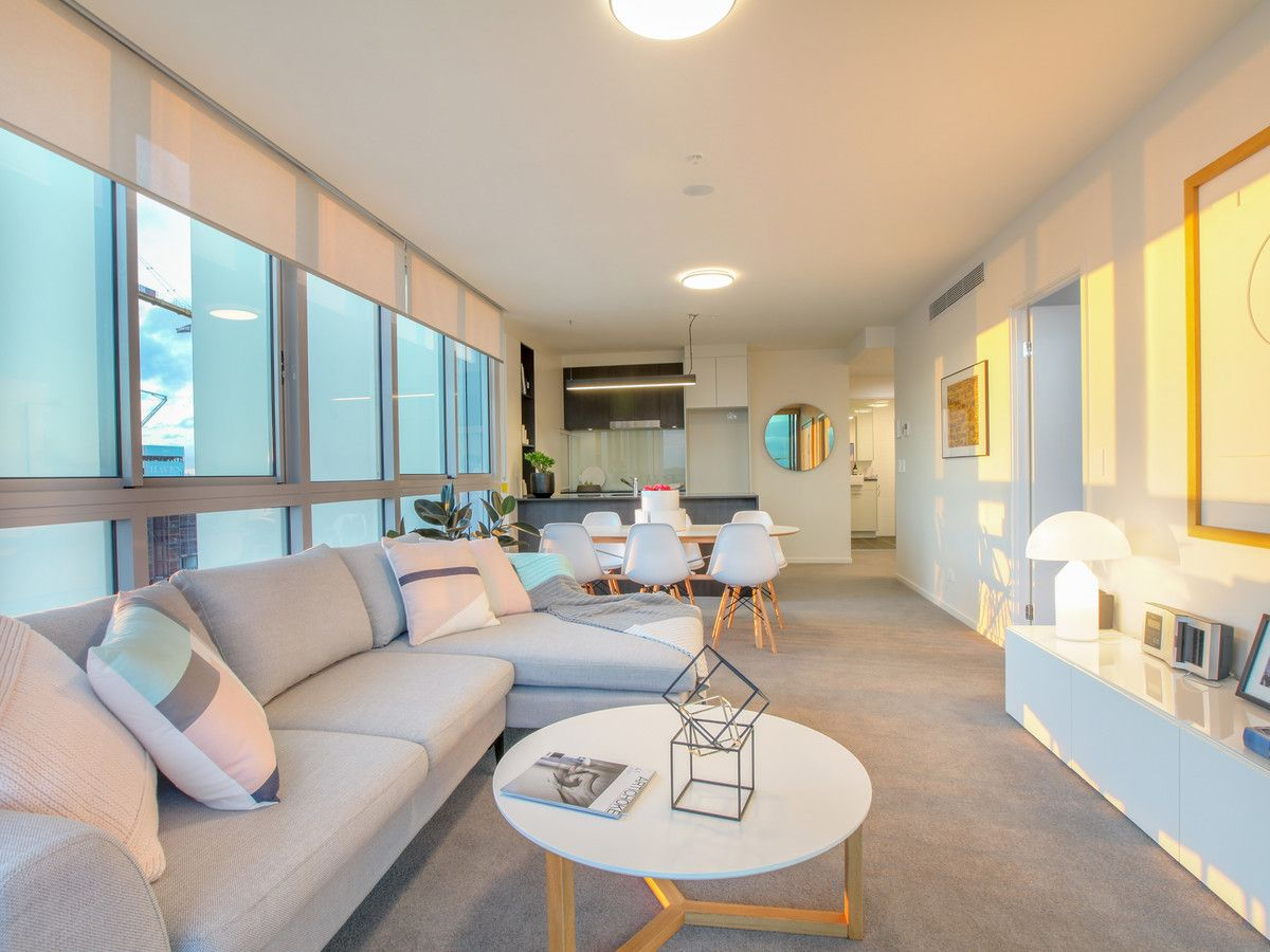 1411/30 Festival Place, Newstead QLD 4006, Image 1