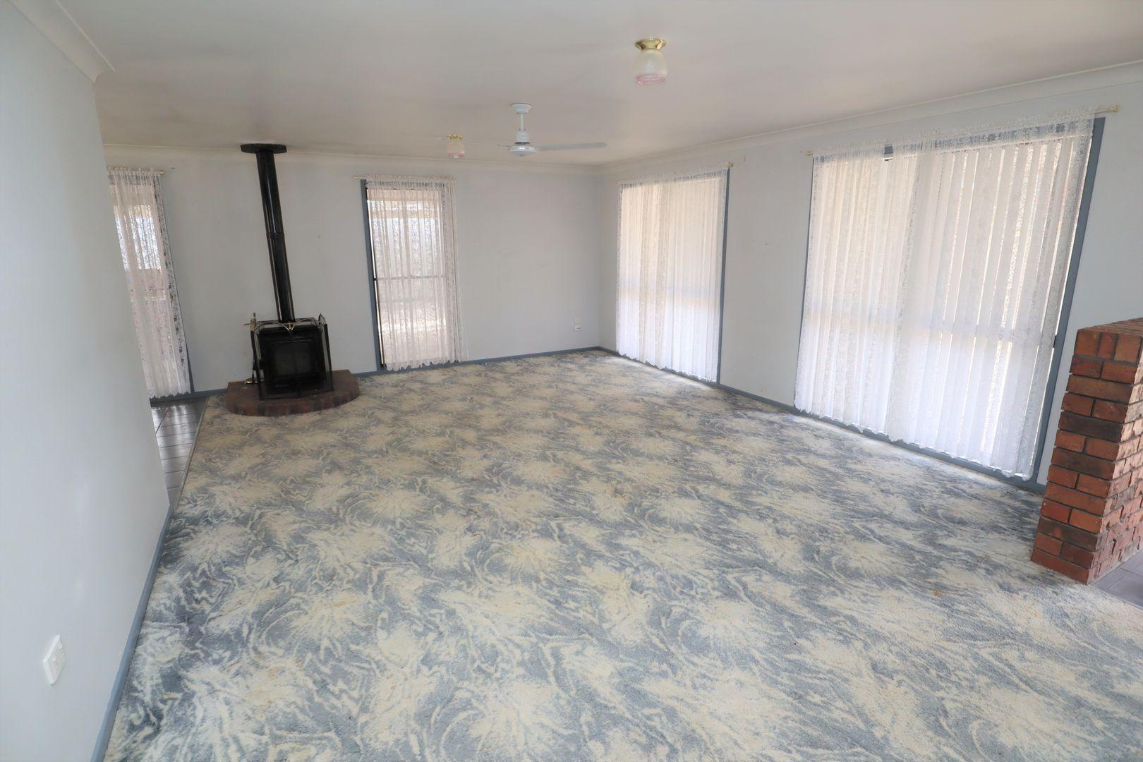 6 Bond Court, Kensington Grove QLD 4341, Image 1
