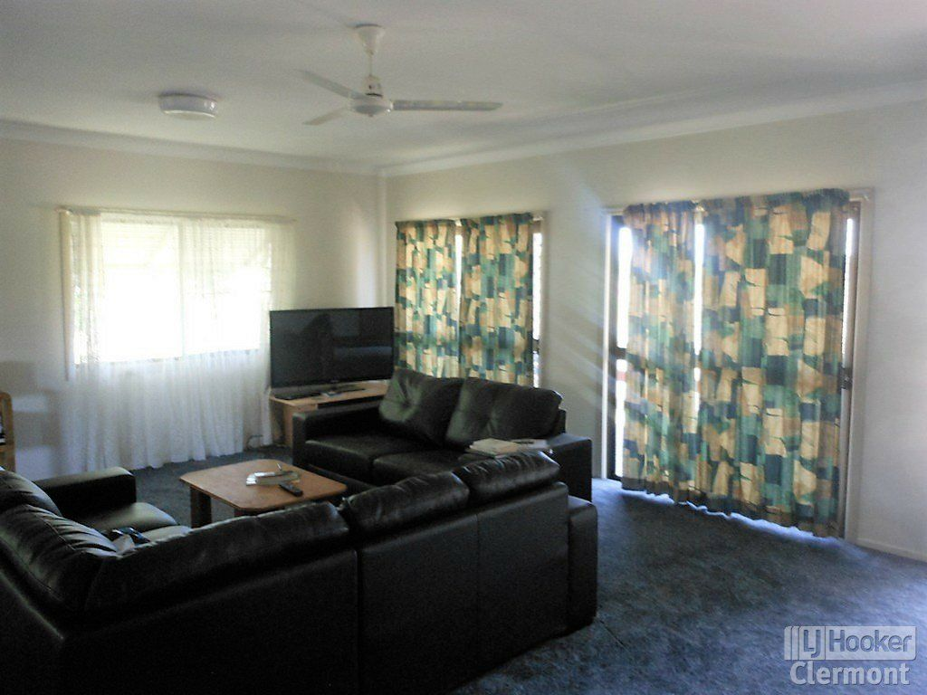 2 Mimosa Street, Clermont QLD 4721, Image 2